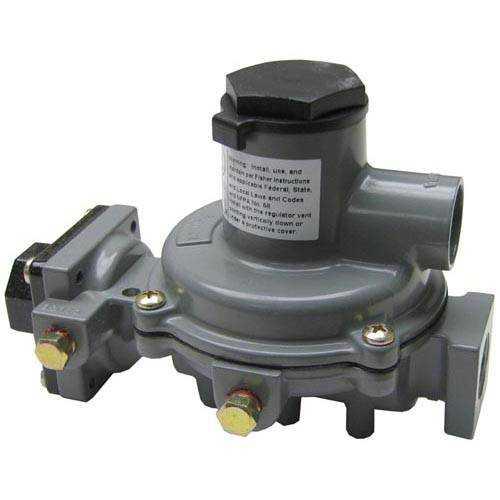 52-1114 1/4 FNPT x 1/2 FNPT GAS REGULATOR VALVE FISHER # R232-BBF NEW