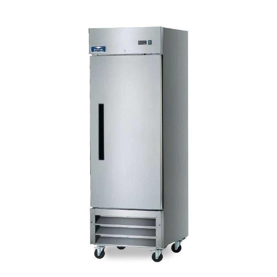 Solid Door Reach In Refrigerators